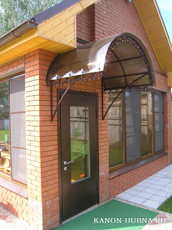 недорогие металлические тамбурные двери на площадку в железнодорожном