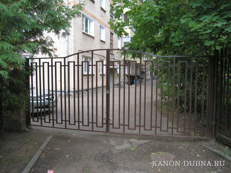 Автоматические ворота для автомоек
